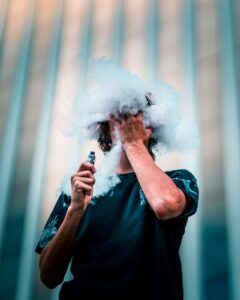 Read more about the article Har du prøvet damp som alternativ til rygning?